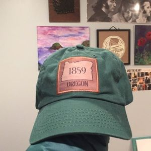 Oregon hat (NWOT)